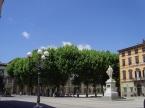 Charmante place à Lucca