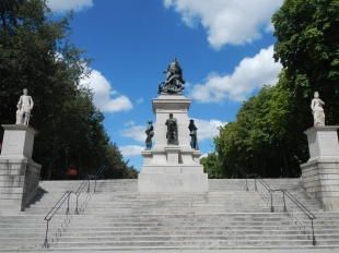 Statues Ducs de Bretagne