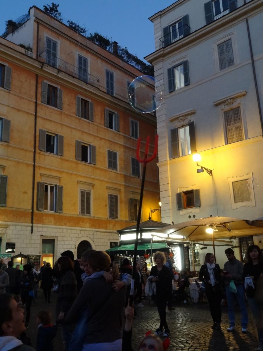 Bulles enfant trident à Trastevere