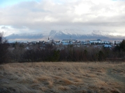 Vue de Reykjavik et du Mont Esja depuis Perlan