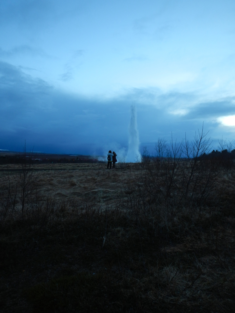 Strokkur geyser people