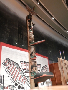 totem-peuple-premier