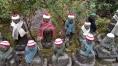 statues-bonnet-echarpe-temple-miyajima