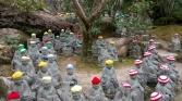 statues-bonnet-temple-miyajima