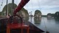 bateau-rochers-karstiques-baie-han-la
