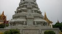 stupa-2-palais-royal-phnom-penh