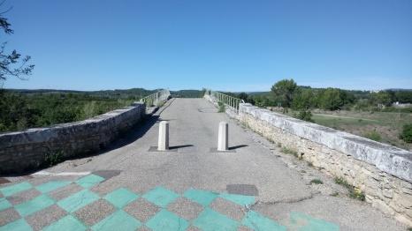 pont-julien-veloroute
