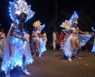 parade-nocturne-carnaval-basse-terre2